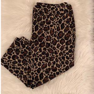Worthington crop pants  fit leopard print size 14